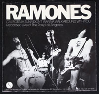 RAMONES ~ I Wanna Be Your Boyfriend EP (Sire 1976)